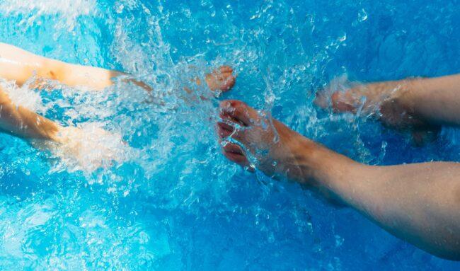 Comment protéger sa piscine à moindre coût ?