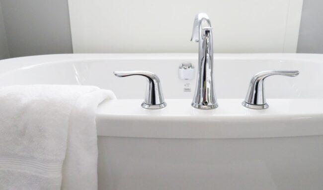 Comment bien choisir son robinet de salle de bain ?