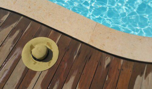 terrasse bois piscine