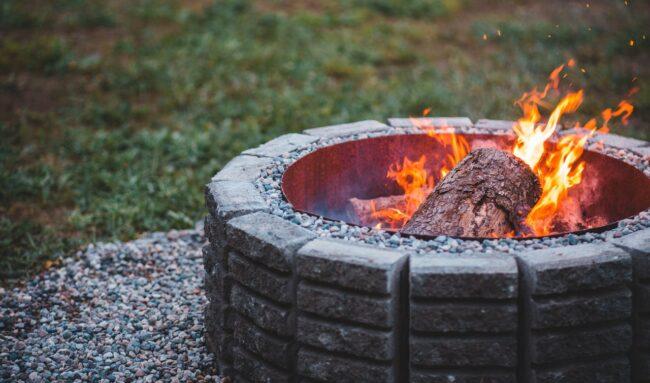 Chauffage de terrasse : quels sont les différents types de chauffages extérieurs ?