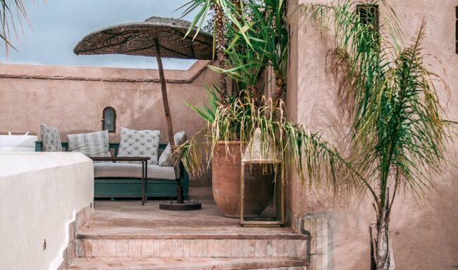 Carreler une terrasse : quel revêtement choisir pour embellir sa terrasse ?
